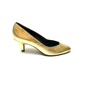 Vintage 1980s metallic gold disco party pumps